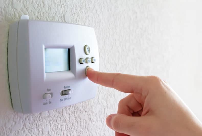 il termostato è una delle componenti elettriche di un impianto di riscaldamento