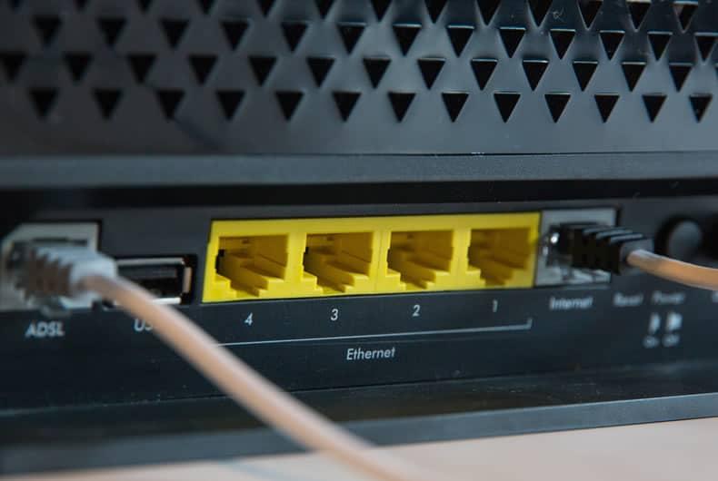 apparecchio che ingloba le funzionalità di modem e router